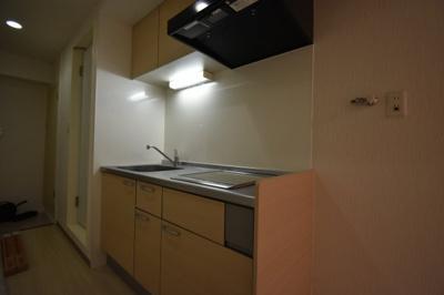 キッチンはIH2口 広めのキッチンです