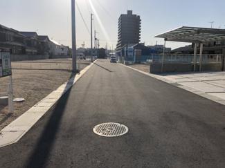 【前面道路含む現地写真】コゾタウン横津