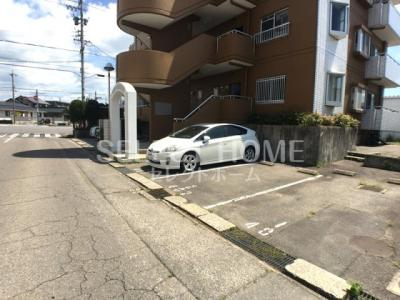 【駐車場】成瀬ハイツⅡ