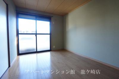 【洋室】セレガハイツ