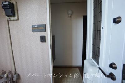 【玄関】セレガハイツ
