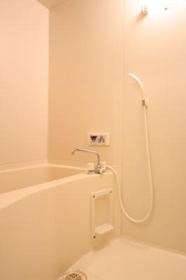 【浴室】ルミエール星田(事務所)