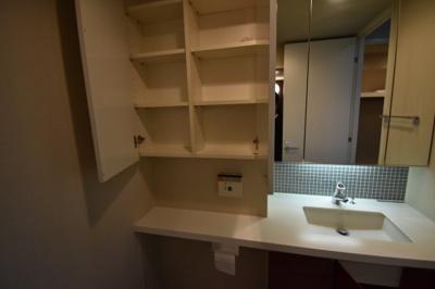 【独立洗面台】引っ越しがしたくなる高級タワー アパートメンツタワー六本木