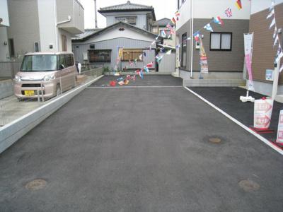 前面道路含む現地写真です 敷地延長協力道路
