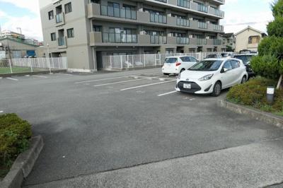 【駐車場】ライフコート青山