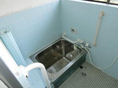 【浴室】生駒市壱分町 中古戸建