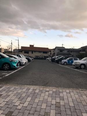 【外観】紅葉ヶ丘駐車場