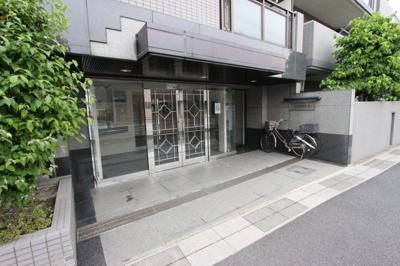 【エントランス】【エステ・スクエア吉川 5階部分】