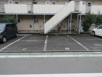 【駐車場】ガーデンハウスかすみ