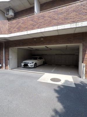 【駐車場】エル・グランピア