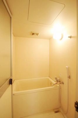 【浴室】ヴィラ中村