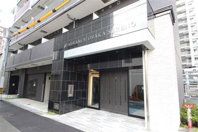 【エントランス】アドバンス大阪セレーノ