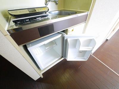 ミニ冷蔵庫も完備。