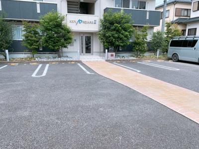 【駐車場】ケントスクエアⅢ