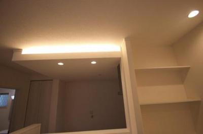 実際に建築したお家の間接照明になります。 後付けではなかなか難しい間接照明もご相談くださいね♪