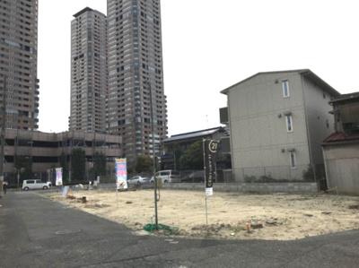 現地写真です。 土地面積:約70.0m2 建物面積:約106m2 建物価格:1680万円 土地価格:1850万円(建物+土地)合計3530万円 建築条件(付)