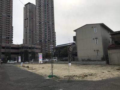 現地写真です。 土地面積:約70.0m2 建物面積:約106m2 建物価格:1680万円 土地価格:1850万円(建物+土地)合計3550万円 建築条件(付)