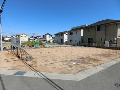 敷地面積58坪。北西の角地物件です。