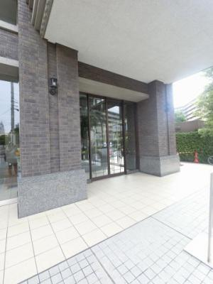 【エントランス】ヨコハマオールパークス第二街区F棟