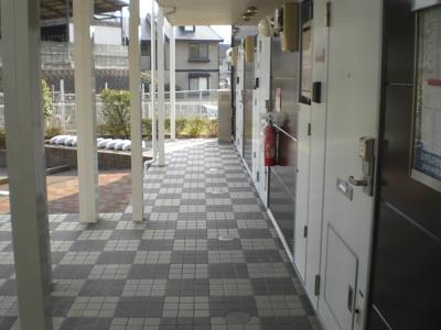 【エントランス】レオパレスグランディオス野田