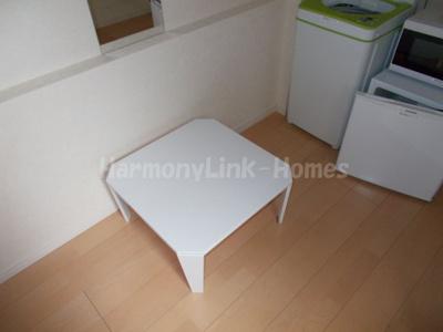 ソフィアカーニバルは家具付き(テーブル)