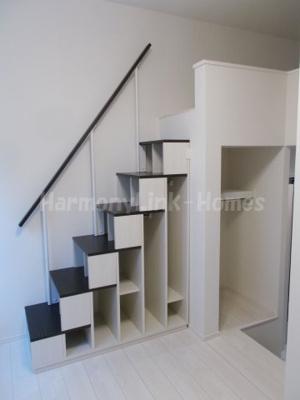 ハーモニーテラス関町北Ⅱの収納付き階段☆