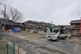 A号棟 現地(2020年3月)撮影 前面道路は北側幅員約5.0mの公道(自主後退含む)。