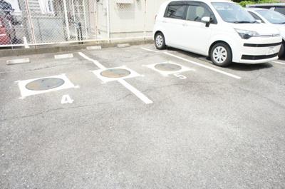 【駐車場】マンションしらかば