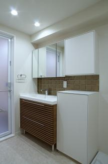 【独立洗面台】サンパークマンション六番町