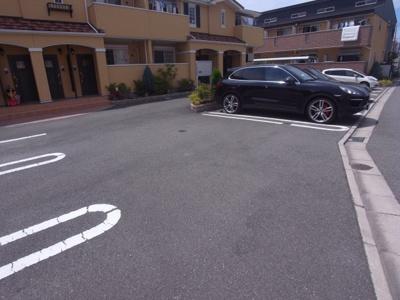 【駐車場】エレガント叶Ⅱ