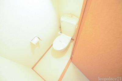 【トイレ】レオパレスローズ