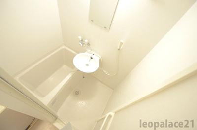 【浴室】レオパレスベルローズ