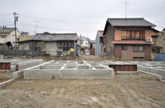 C号棟 現地(2020年3月)撮影 敷地面積163.46㎡(49.44坪)。 駐車並列2台可能です。
