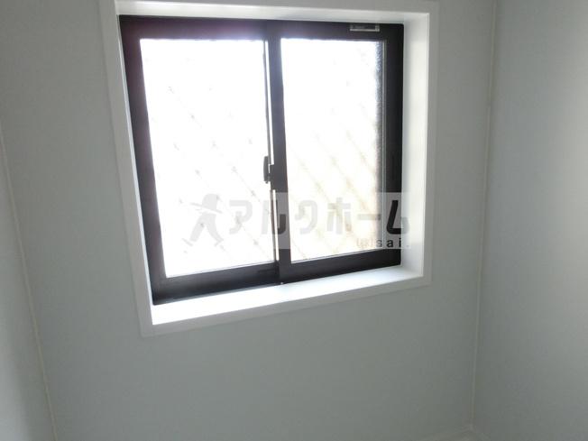 大正貸家Ⅱ(柏原市大正) 浴室窓あり
