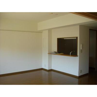 ARDER Y・Kの洋室