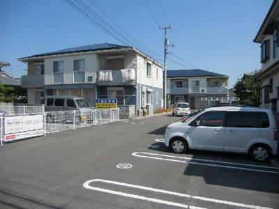 松山市立みどり小学校 644m