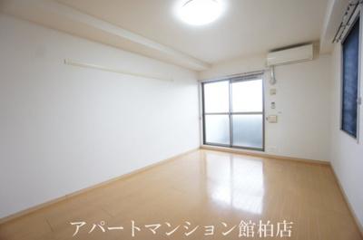 【居間・リビング】エクセレントファミリー柏の葉