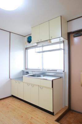 【キッチン】第1関ハイツ