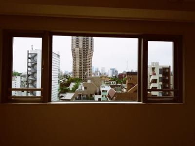 探していたのは眺望のよい広めの1LDKですね。 アパ-とメンツタワー麻布十番