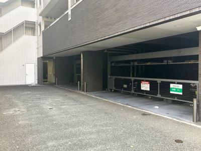 【駐車場】エンクレスト博多駅東
