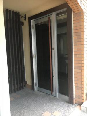 【玄関】エランビル