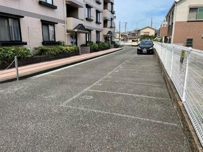 【駐車場】オーソネ大駐車場