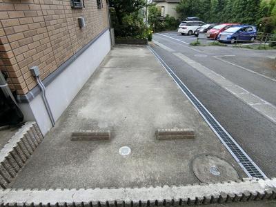 【駐車場】コウジィーコート