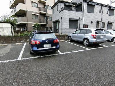【駐車場】リヴィエール向ヶ丘