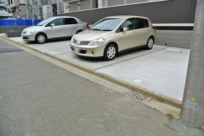 【駐車場】フレスタ