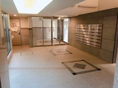 【エントランス】レーベンシティオリスタイル東京亀戸  空室 2009年築