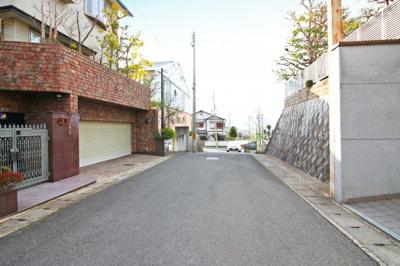 【前面道路含む現地写真】伏見区桃山町永井久太郎 中古戸建