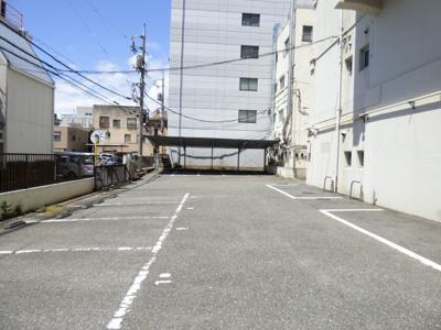 【駐車場】日興ビル
