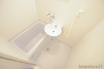 【浴室】レオパレス山坂