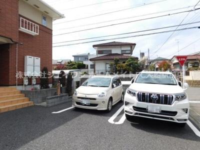 【駐車場】シンビオーシェ